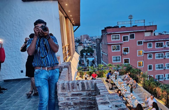 guest clicking the panaromic view during birtday event