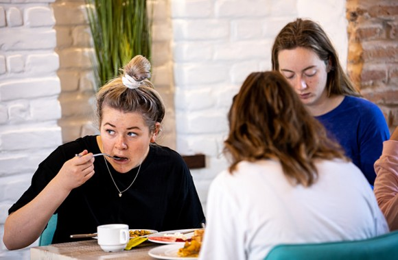 guest enjoying breakfast