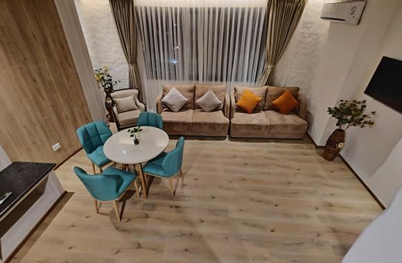 suite room arush sitting area
