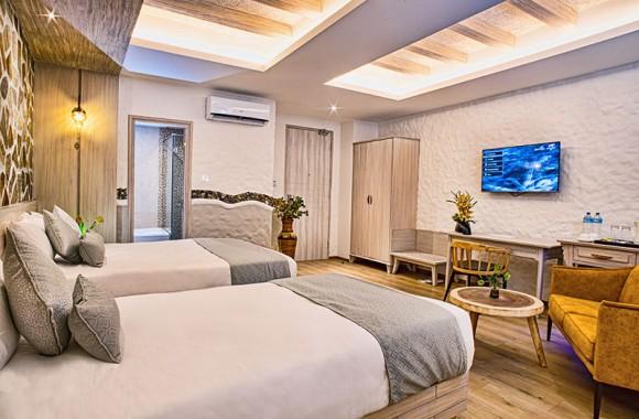 superior eluxe room triple occupancy